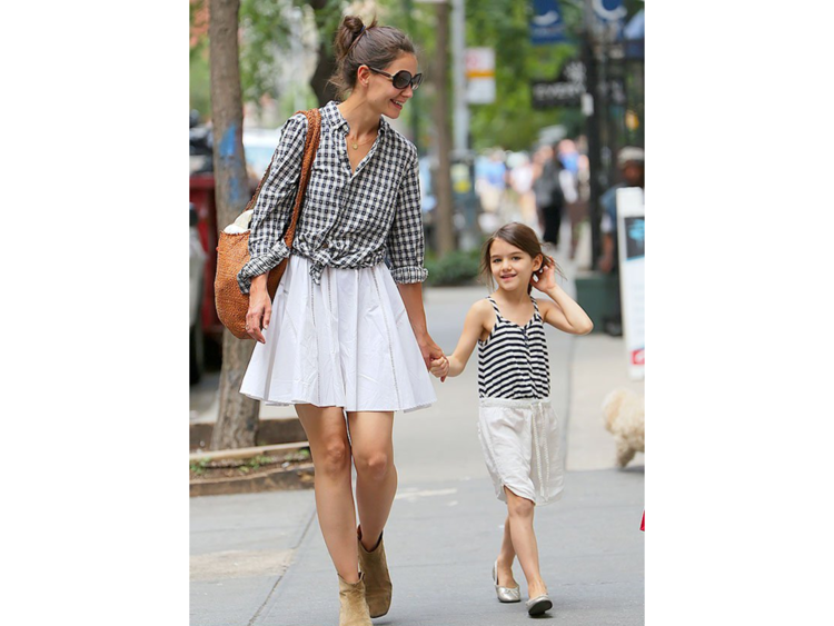 8-luckiest-little-girls-in-the-world-suri-cruise