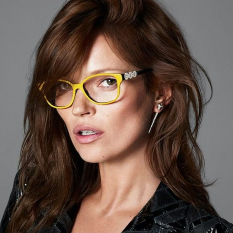10-important-items-to-bring-to-bersih-4-rally-glasses