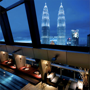 Image Credit:http://www.globorati.com/malaysias-new-night-moves/