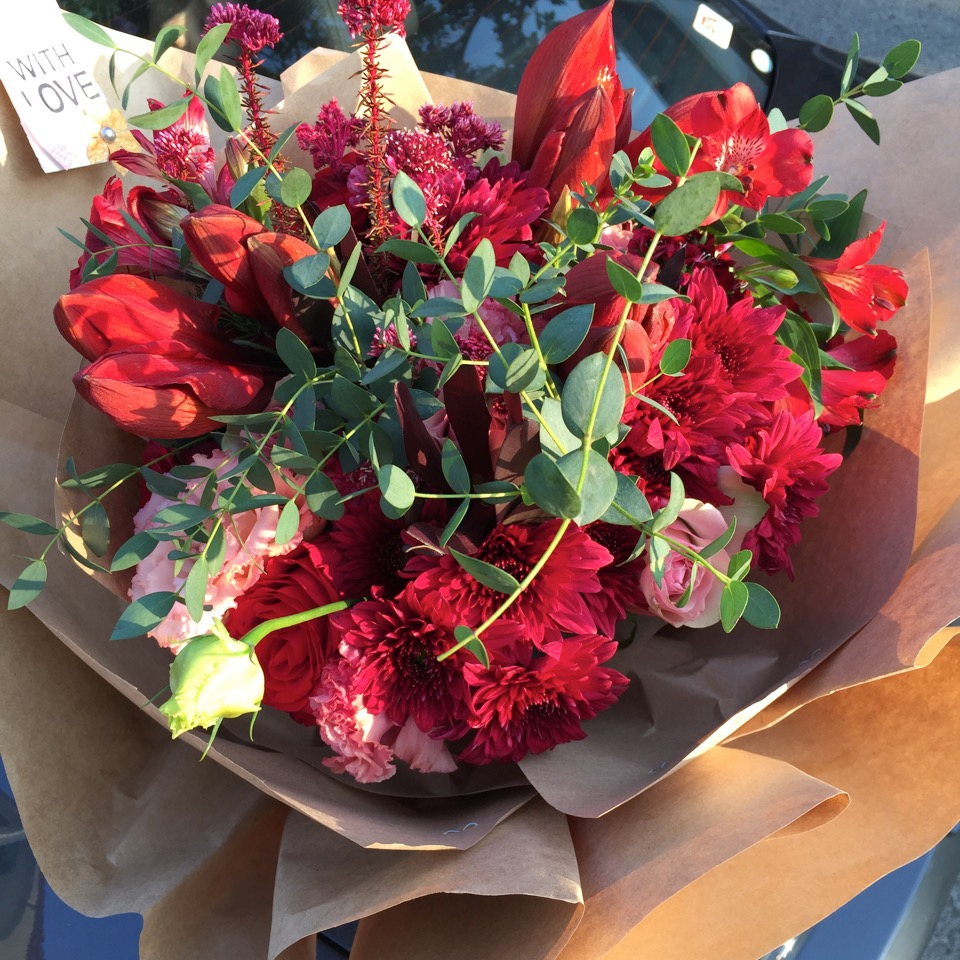 spreading-your-love-with-flueristes-perfect-blooms-3