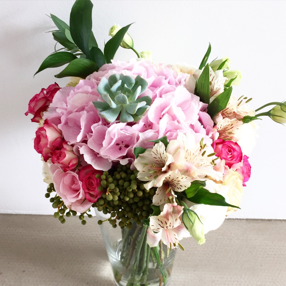 spreading-your-love-with-flueristes-perfect-blooms-4