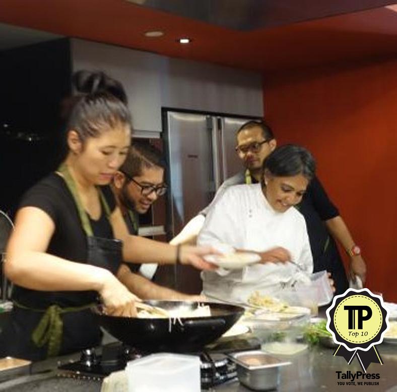 singapores-top-10-cooking-classes-coriander-leaf