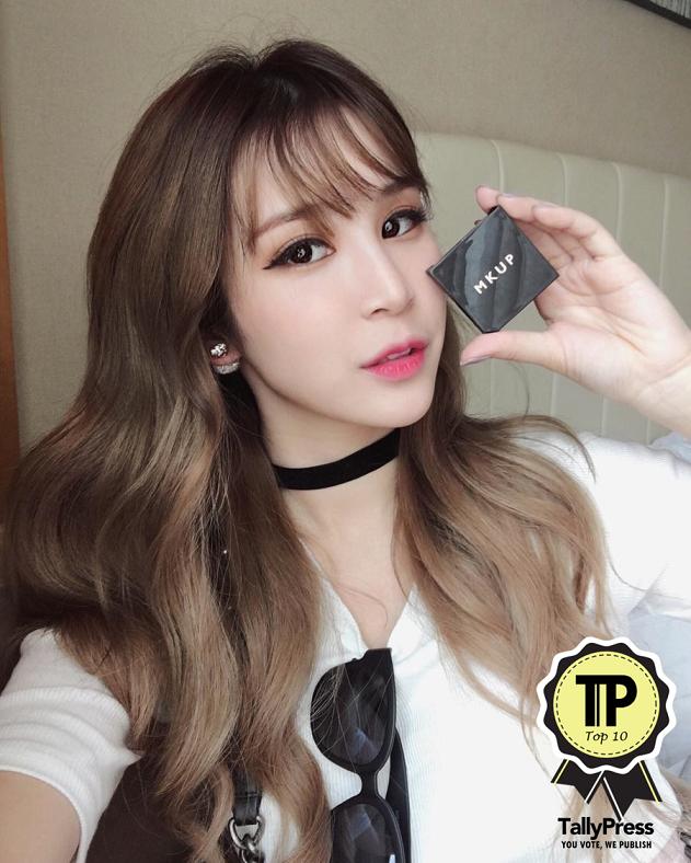 singapores-top-10-beauty-vloggers-miyake-ng