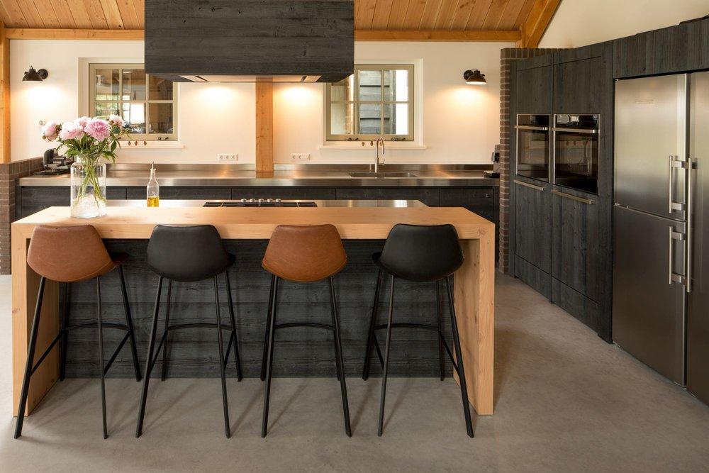 Handgemaakte-keuken-zwart-fred-constant