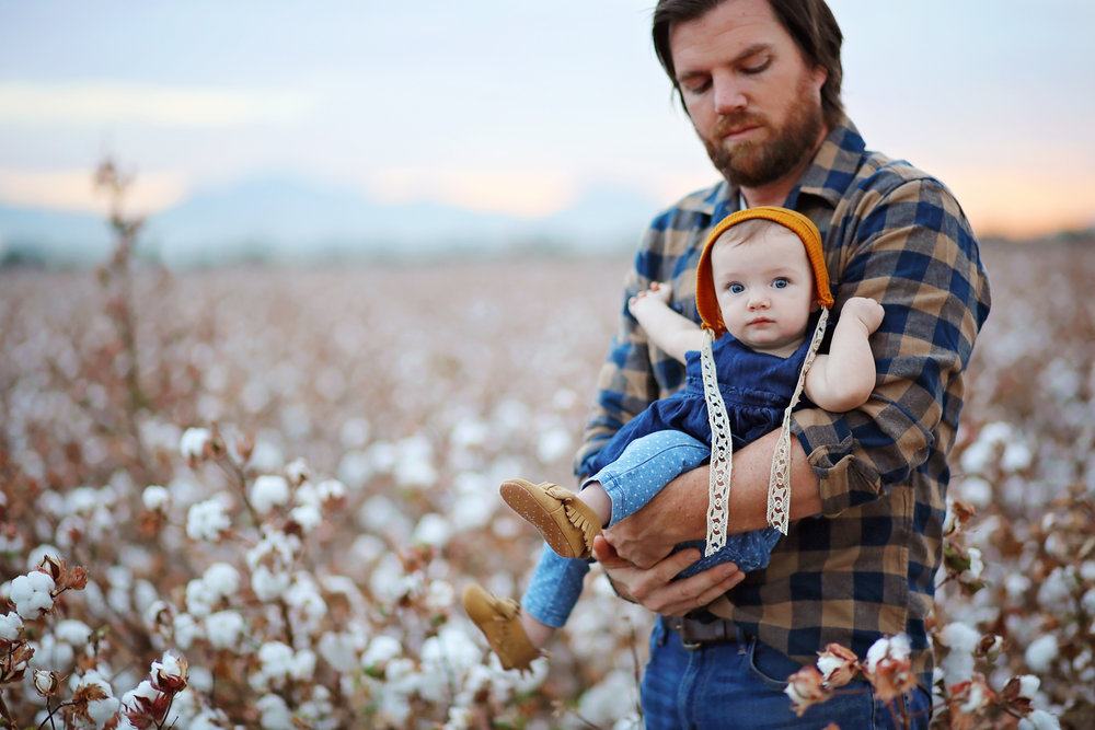 Cotton Field Sessions - Cotton is rich in the history of Arizona. The endless sea of cotton creates dreamy portrait sessions.