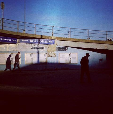 Bluesheds #stigholt #streetphotography #slussen #stockholm #fuji #x100s