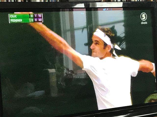"""""""Det som är så speciellt med Federer är att VARJE SLAG HAR EN MENING"""" #wimbeldon"""