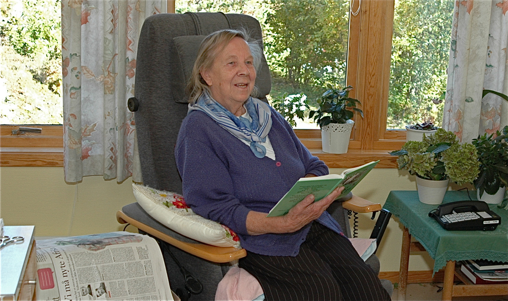 Mildrid Hartveit fotografert på aldersheimen i oktober 2012.