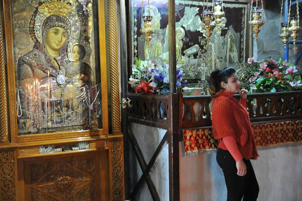 Portrett med Madonna og barnet, fødselskyrkja i Betlehem, no under oppussing.