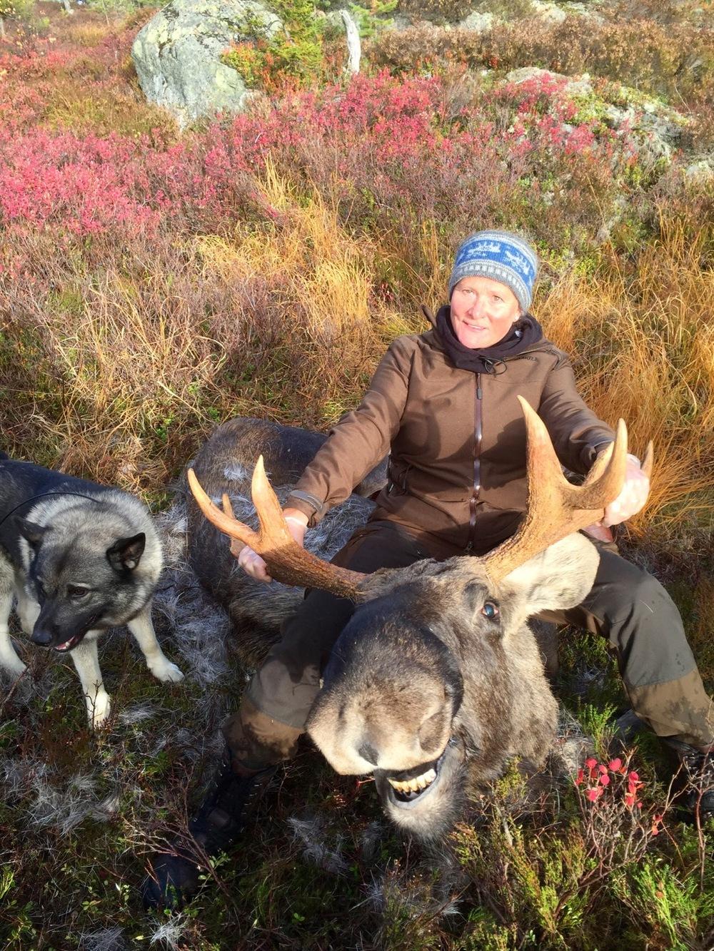 Marit Espeland fekk skyta to elgar ved Kongsberg.