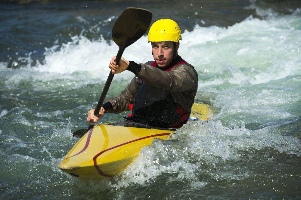 Kayak photo- iStock_000020337135XLarge.jpg