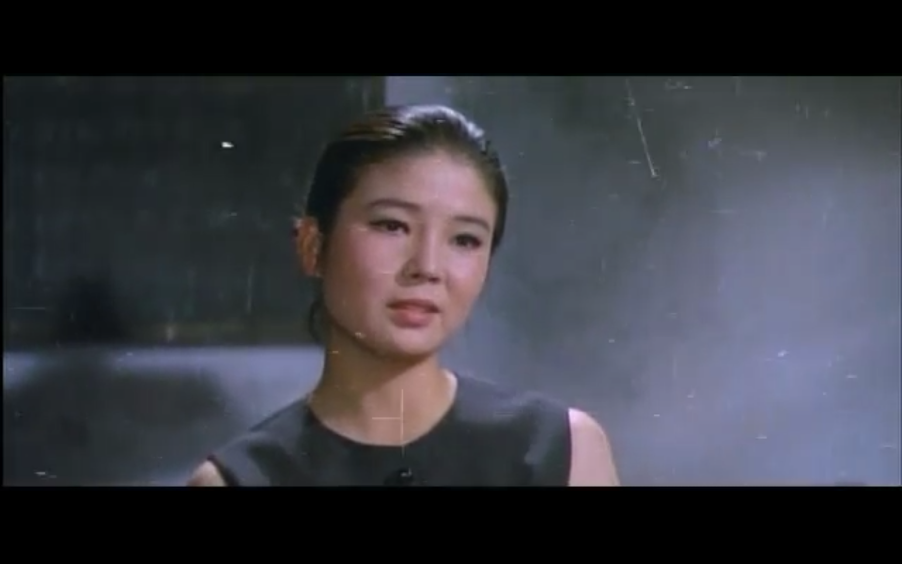 Yoon Jeong-hee plays Shin-hye as she gives testimony to the investigators.