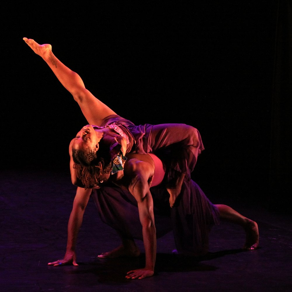 "2014 expressions...now SHOWCASE PRESENTATION 'kashedance"" PHOTOGRAPHER CHRISTOPHER CUSHMAN"