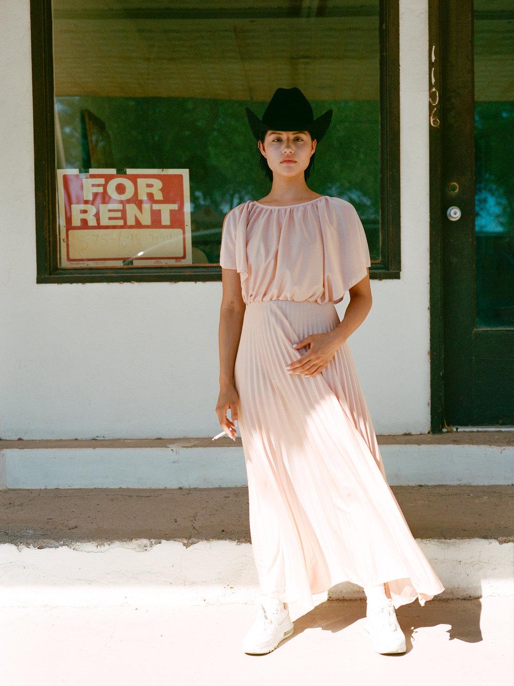The Break Vintage Jacqueline Harriet Gabbriette Ghost Town 009.jpg