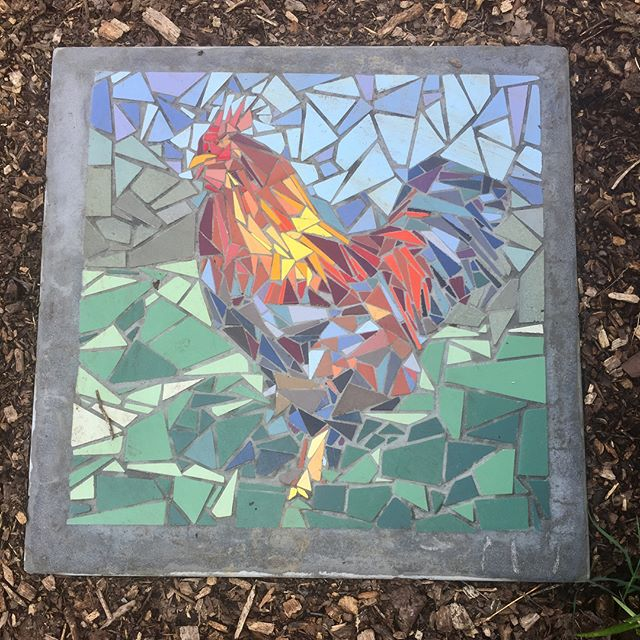 🐥🥚What came first, the rooster or the egg? These are three of thirteen meticulously made, porcelain mosaic stepping stones that were just added to the Wedgewood Urban Garden. Who are the artists? 14 and 15 year olds! Link in profile to learn more about the project and to see all the finished pieces. . . . #TNFPblog #communityart #gardenart #gardens #mosaic #steppingstones