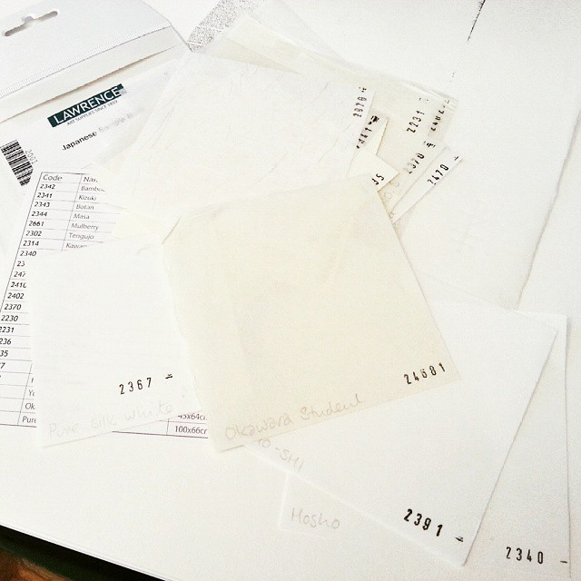 Hmm, paper sample conundrum… there's too many good ones! #Artshophove #printmaking