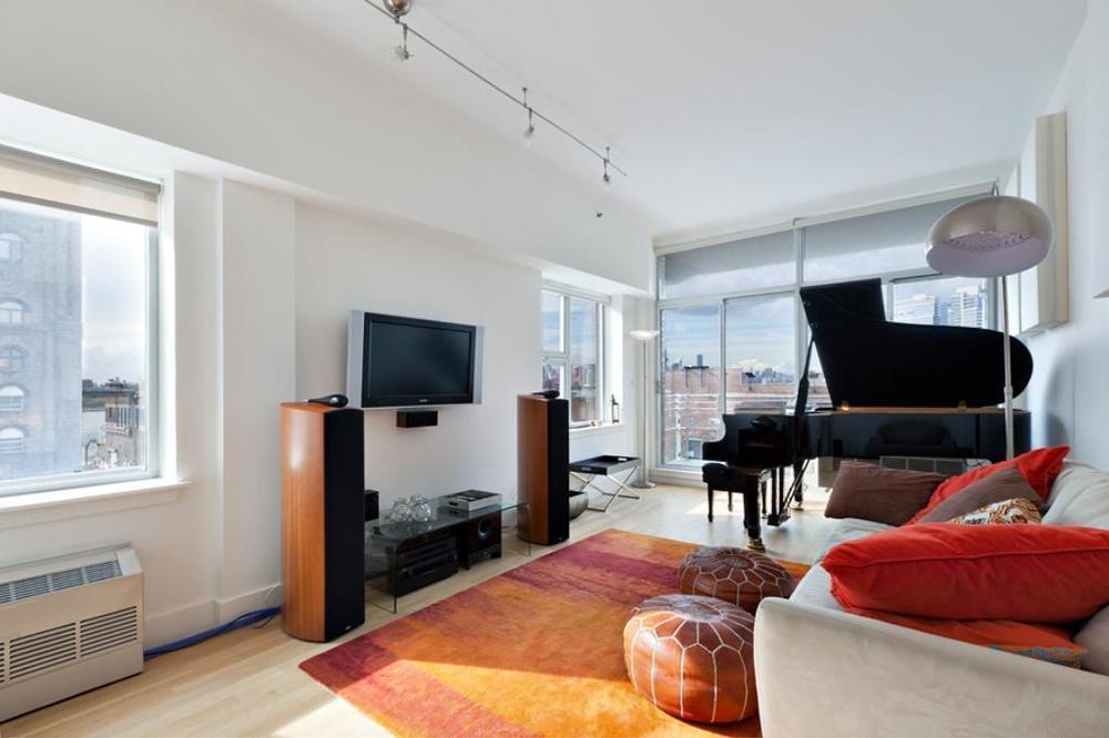 1234 Kent Avenue $2,500,000