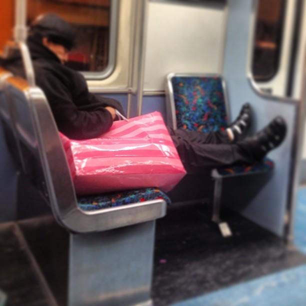 Victoria_s_Secret_Bag.__intransit_29.jpg