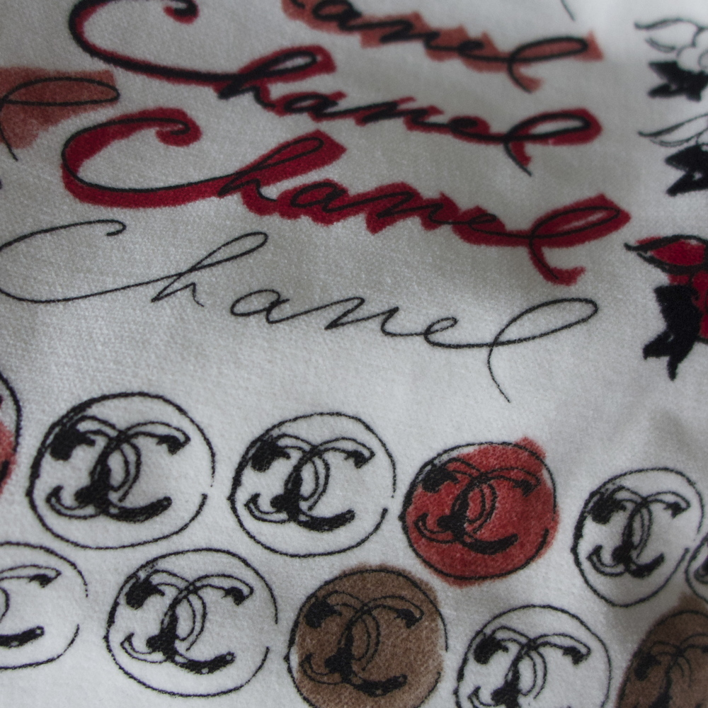 Chanel detail.jpg