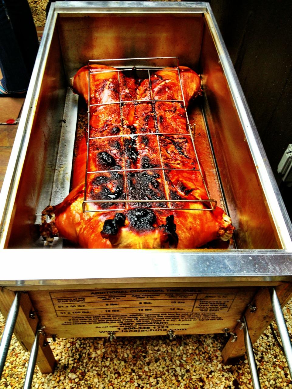 130422, pig roast.