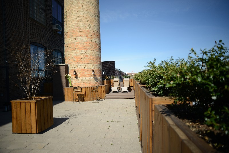 Studio Outdoor Space ES.jpg