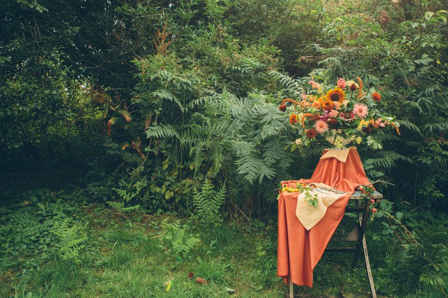 summer wedding feast large vase arrangement
