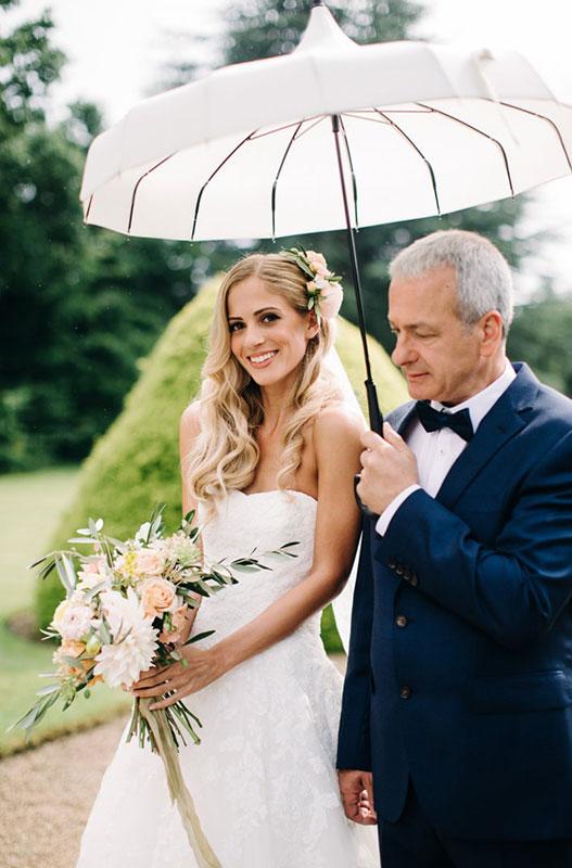 summer wedding with pastel bridal flowers in cheltenham