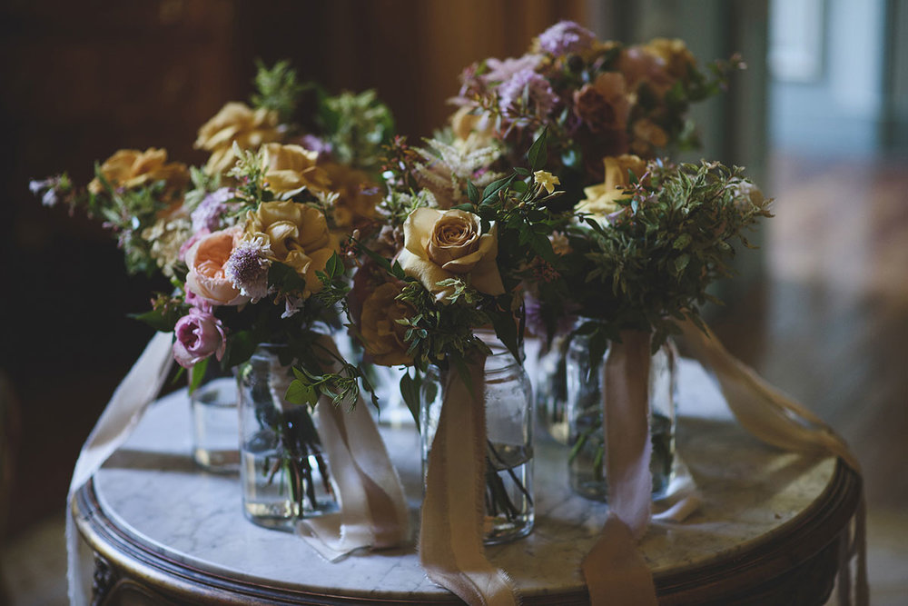 unique gold and pink wedding flowers