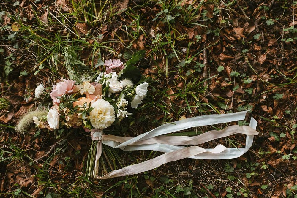 Unique dorset wedding flowers