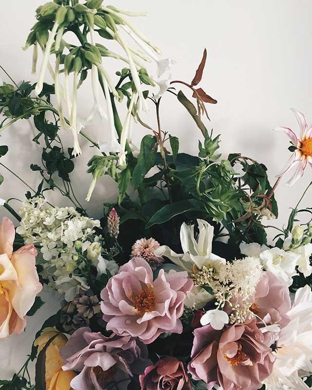 summer wedding flower with pink garden roses
