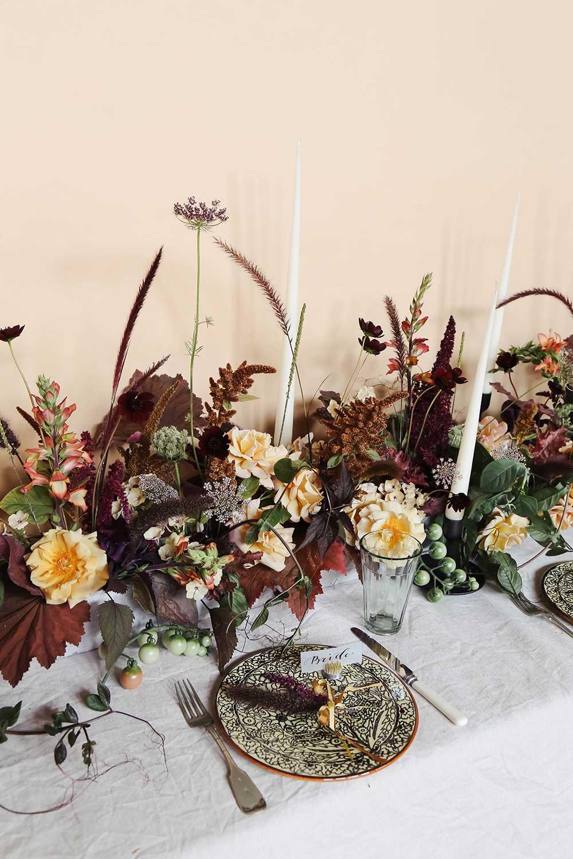 vervain-autumnal-wedding-table-flowers-10.jpg