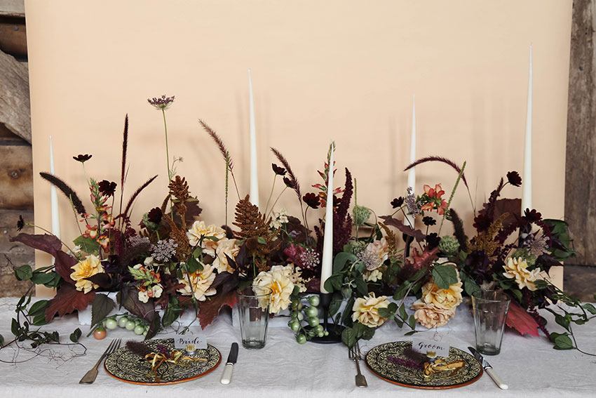 vervain-autumnal-wedding-table-flowers-01.jpg