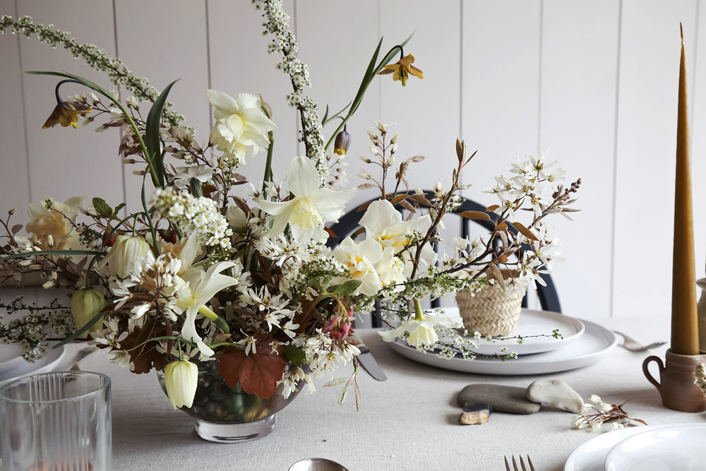 vervain-spring-wedding-flowers-uk-tablecentre-5.jpg