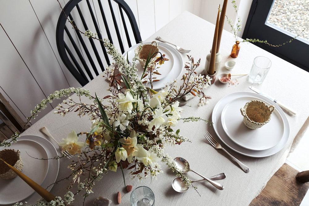 vervain-spring-wedding-flowers-uk-tablecentre-6.jpg