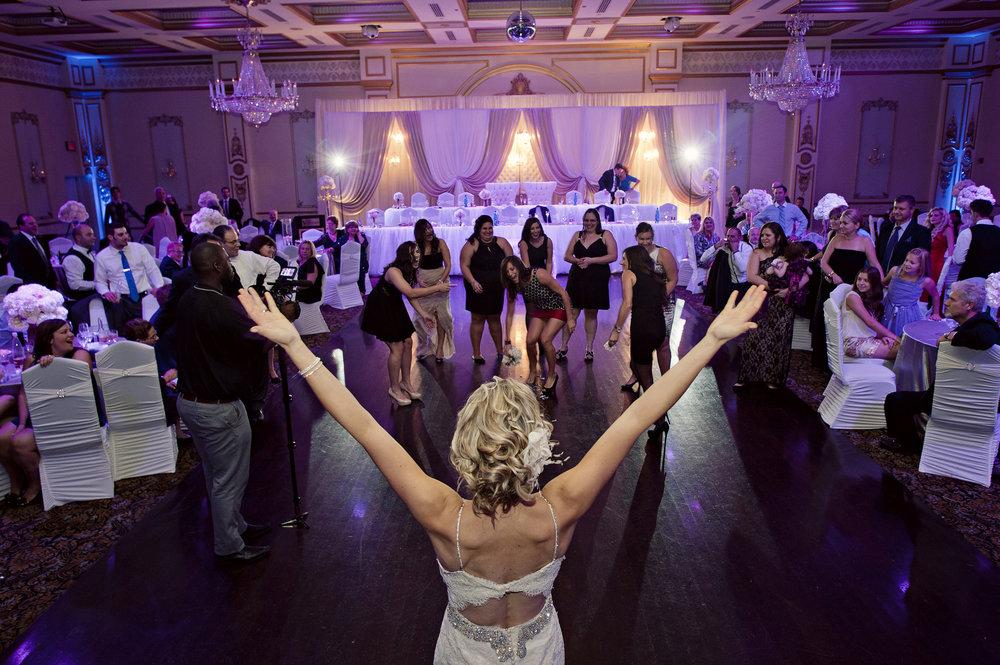 Violet+Marco_Wedding_Parkwood_Estate_Oshawa_Toronto102.jpg