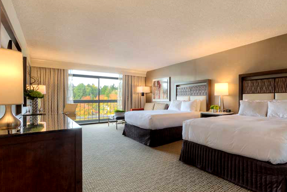 Hilton Bellevue: One Night Stay with Breakfast for 2
