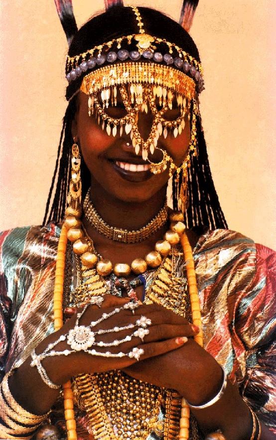 Karo tribe woman, Ethiopia, Eric Lafforgue