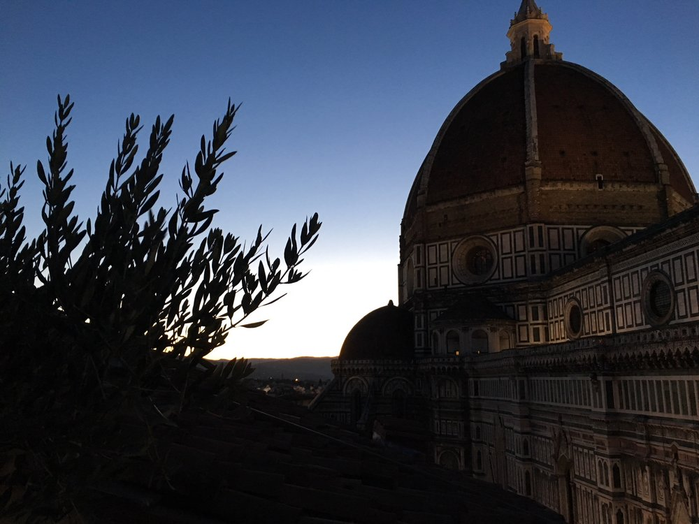 Sunrise behind the Duomo in Florence -