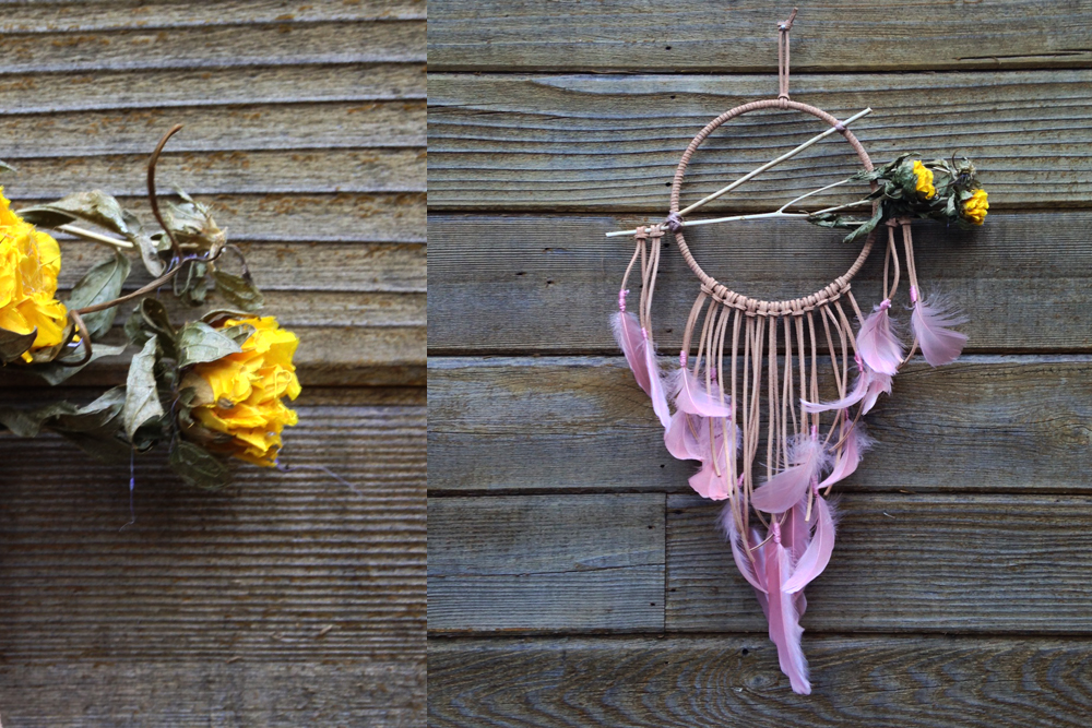Dried Flowers and Champagne Feathers Dreamcatcher