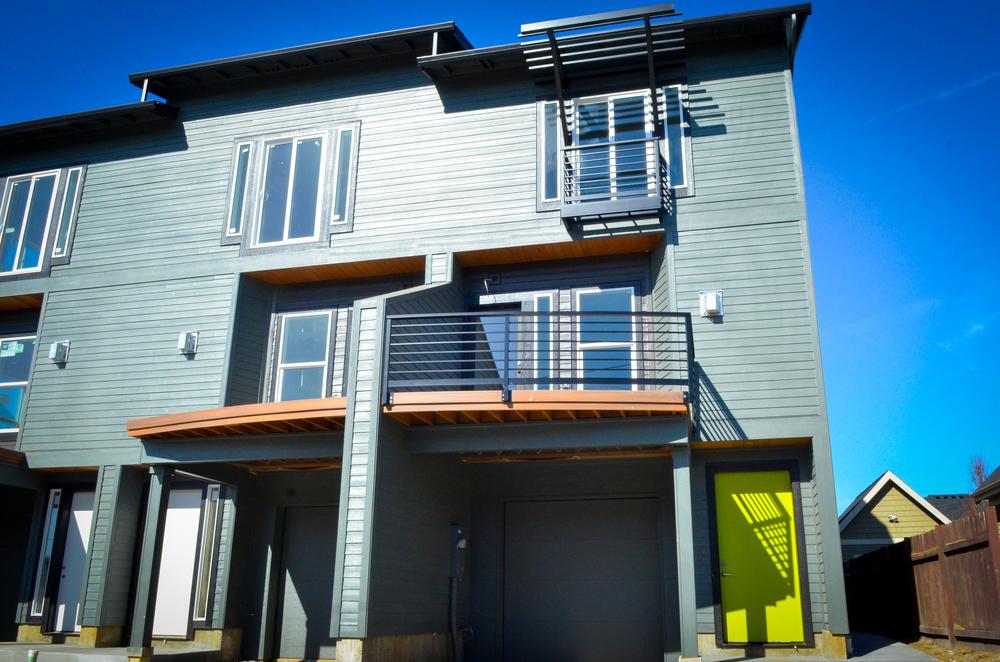 521 NE Ainsworth Portland, Oregon 97211