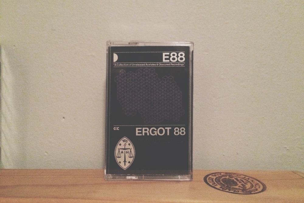 2 03. Ergot88 - E88.jpg