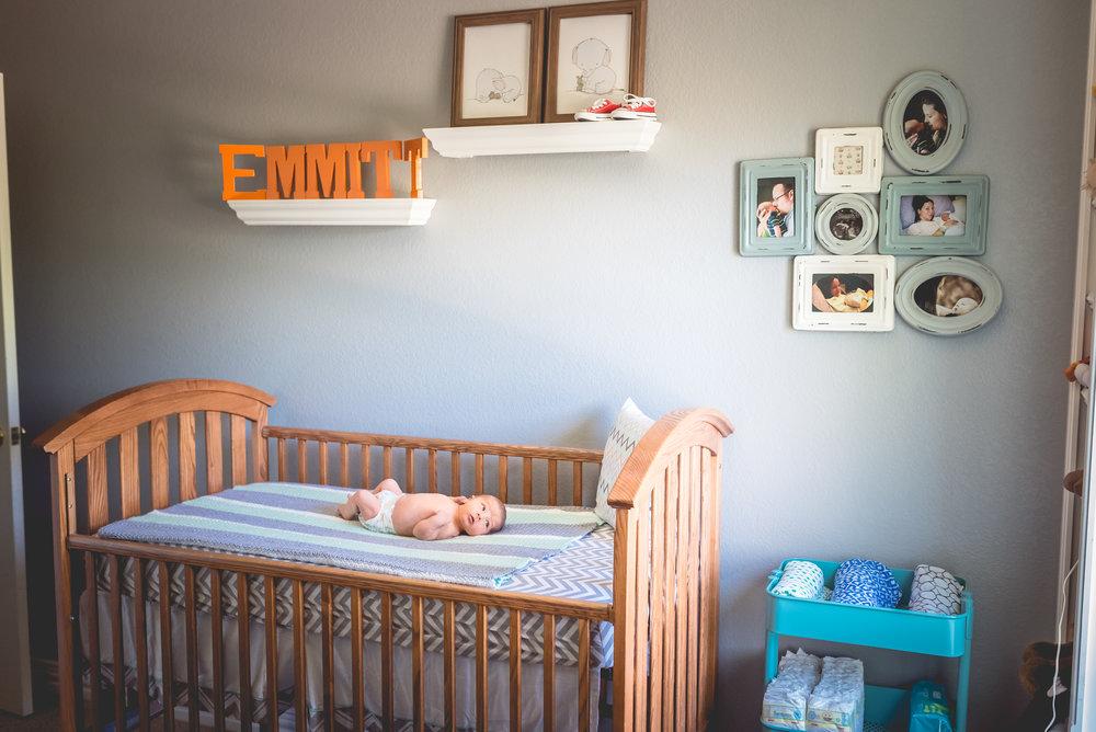 in home newborn session in aurora colorado