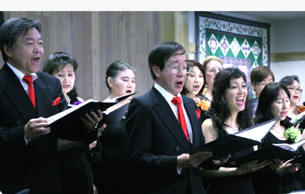 Choral Cosmo entertainment.jpg