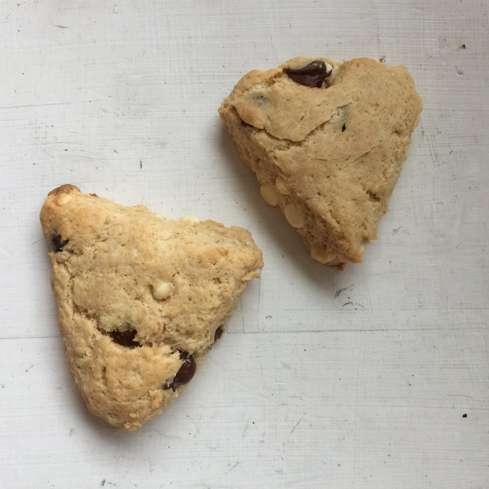 PeanutButterChocolateScones-2.jpg