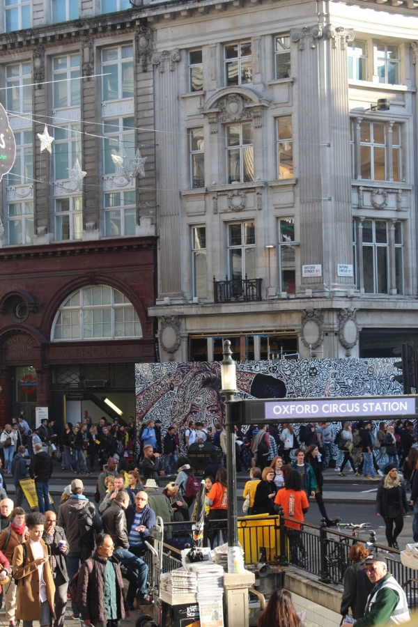 The ever so popular and busy Oxford Street!