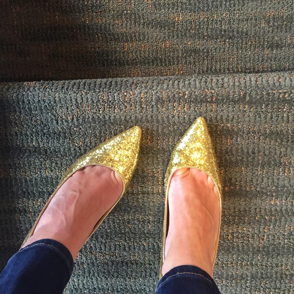 GoldShoesStairs
