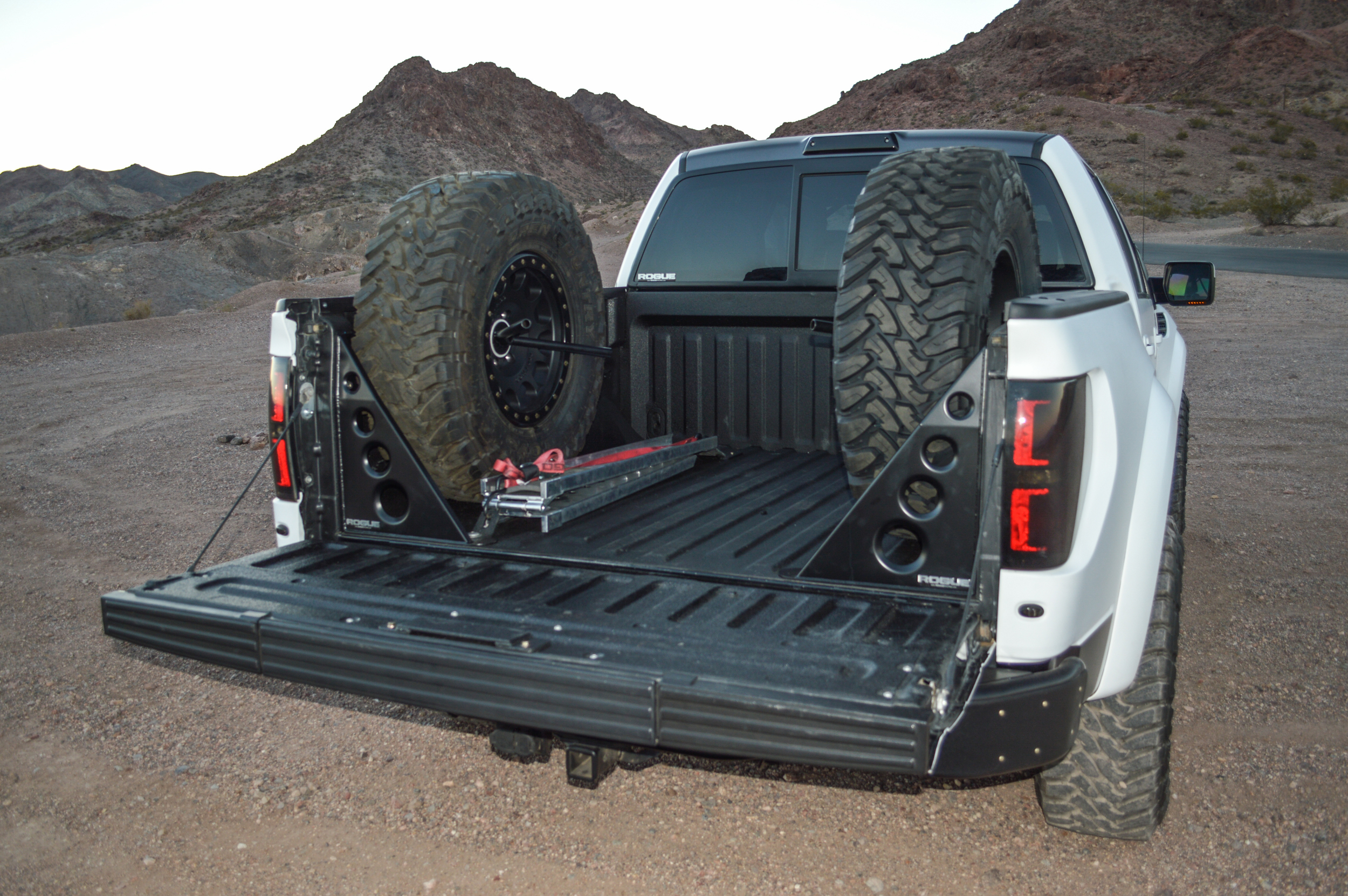 Ford Raptor Svt F 150 Two Tire Carrier