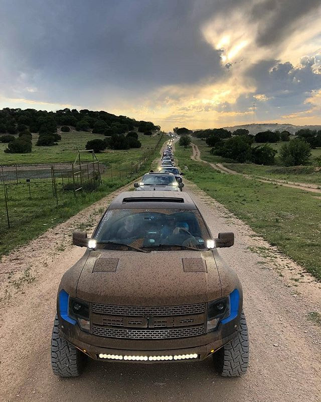 Nice picture @apollo_optics!  Repost - Raptors for days! . Safe to say that we had an incredible time at TRR 2018 this year hosted by our friends over at @texasraptorruns! . Here's a quick shot of part of the crowd on the Wildlife Tour at Texana Ranch! . Beautiful views out here!  #RogueRacing #GoRogue #Enforcer #EnforceAllTheThingsAllTheTime #BajaDesigns #MethodRaceWheels