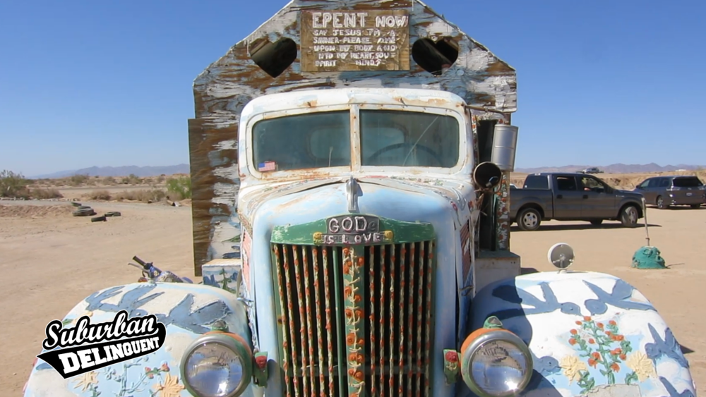 salvation-mountain-old-truck.png