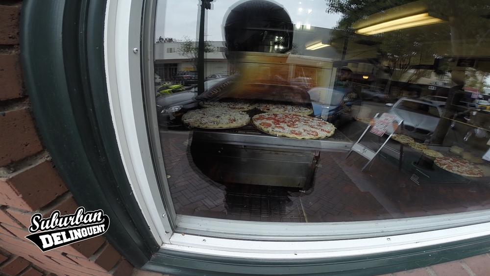 the-gourmet-pizza-shop-riverside.jpg